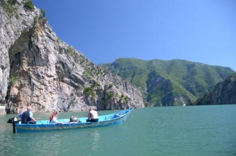 Албания 2014. Озеро Коман. (Часть 11)